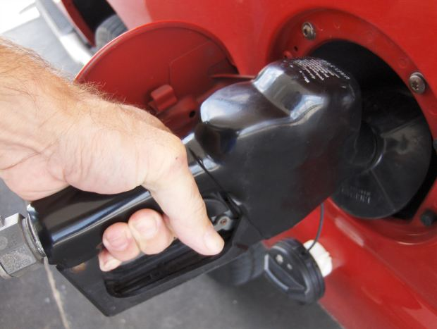 Gas Prices Fall 4.3 Cents in PA