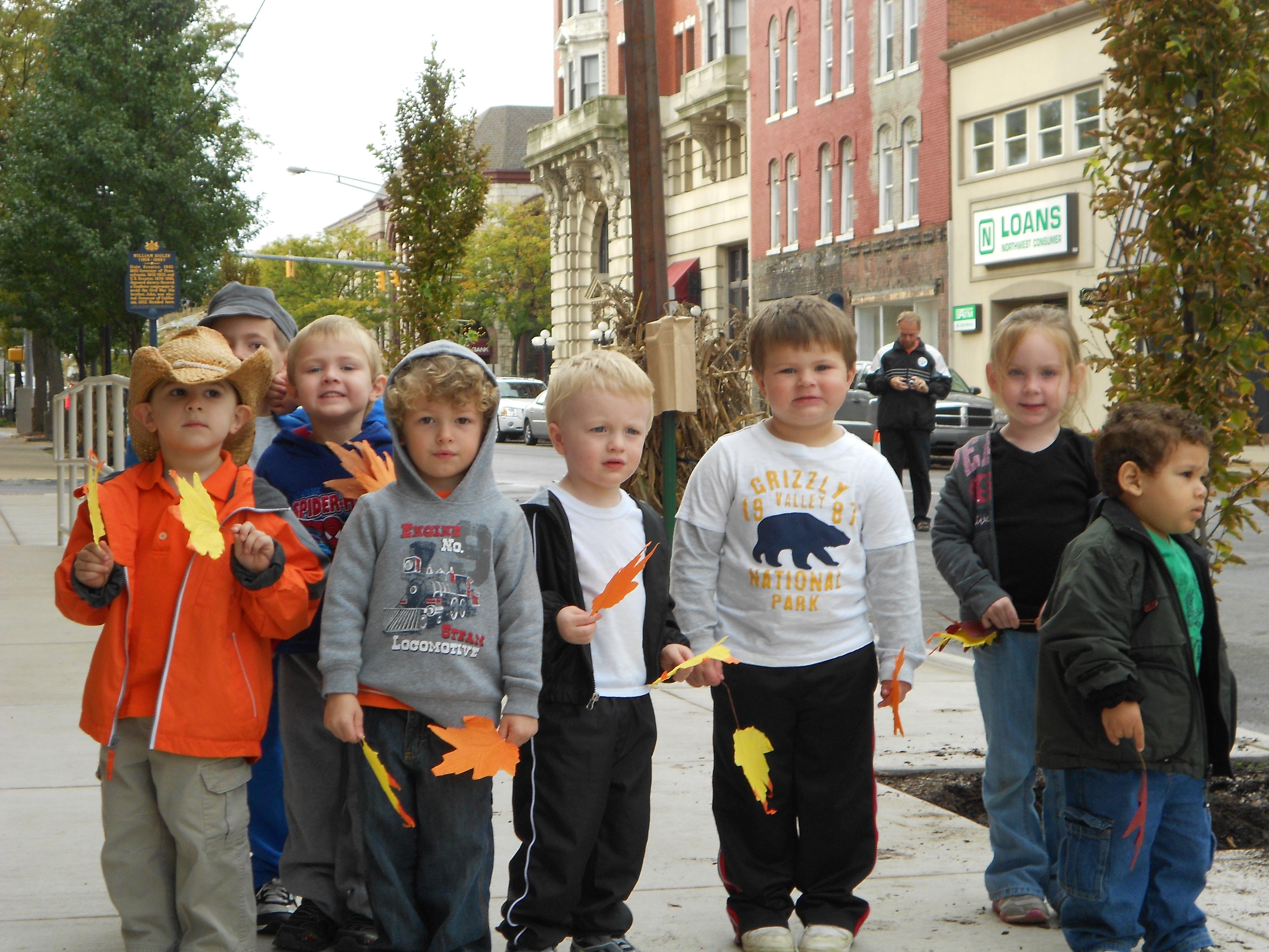 YMCA Daycare Children Assist with Planting Trees   GantNews com