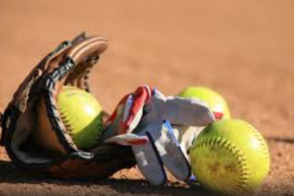 Lady Tide Top Kane 7-1 in First Game; Second Contest Suspended at 4-4