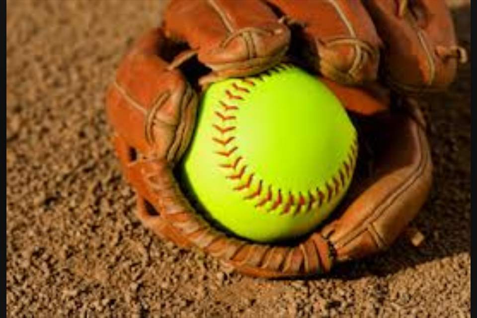 Lady Tide Collar Brockway Lady Rovers, 15-4