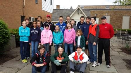 Clearfield Students Help Beautify Downtown