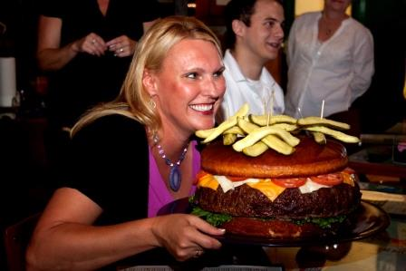 Taste of Home Chef Meets World-Famous Giant Burger