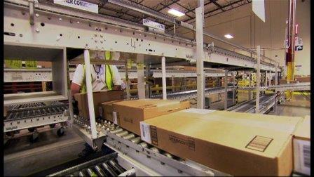 Amazon's last minute shoppers get more time