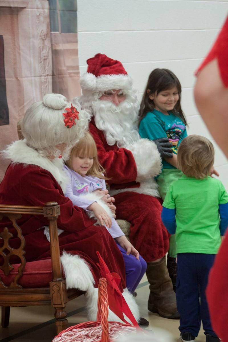 PHOTOS: Santa Claus Comes to Town