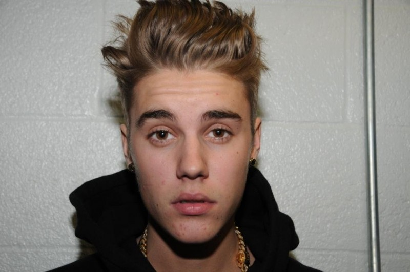 I'm sorry for acting arrogant, Justin Bieber says on video