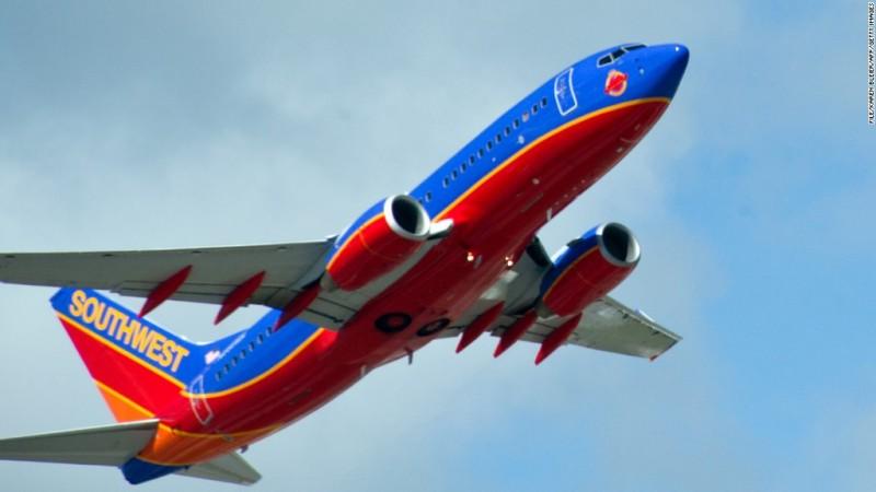 Southwest Airlines diverts flight after 6 passengers loudly rebuke attendants