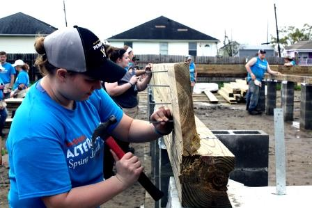 Students Learn Life Lessons, Help Others on Alternative Spring Break in New Orleans