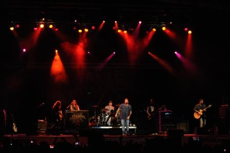 Under the Sun Tour Brings 90's Hits to Clearfield Fair
