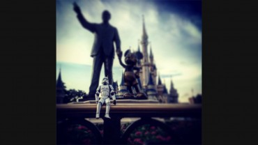 'Star Wars' trooper storms Disney World
