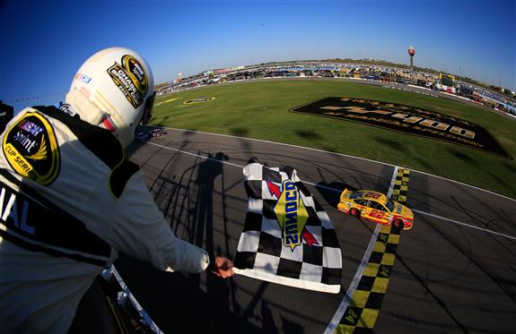 2015 hollywood casino 400 results