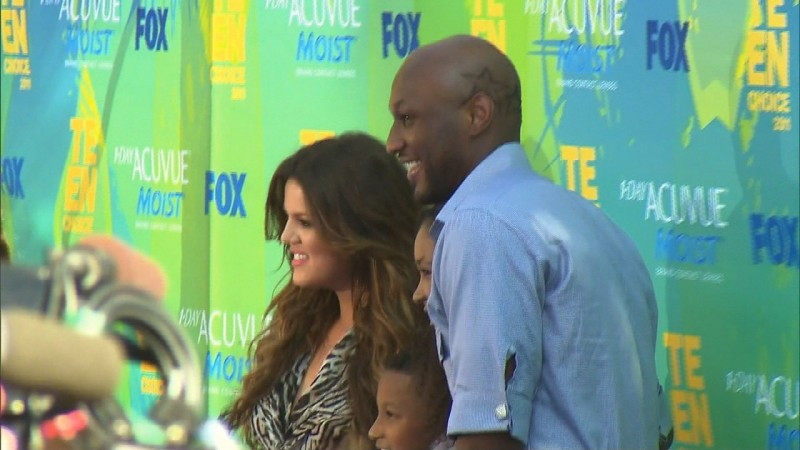 Khloe Kardashian files for divorce against Lamar Odom again