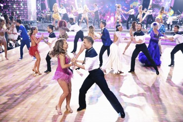 'Dancing With the Stars' finale: Bindi Irwin's tearful tribute to dad