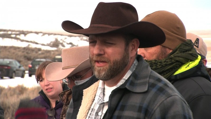 Don't use the term 'militia' in Oregon standoff, try 'armed ranchers'