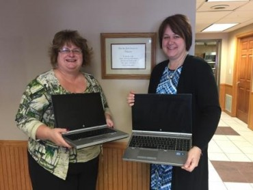 United Way Gives Laptops to Pentz Run Youth Services