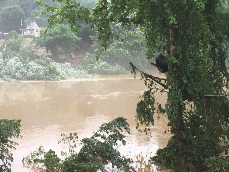 West Virginia flooding leaves at least 24 dead
