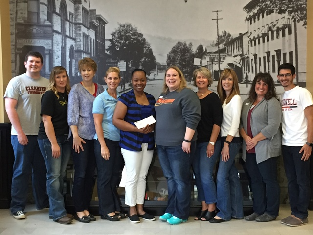 CNB Employees Raise $1,000 for No Tyme Like the Present