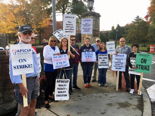 Faculty Members Head into Second Day of Strike as APSCUF Negotiators Wait for State System to Continue Bargaining