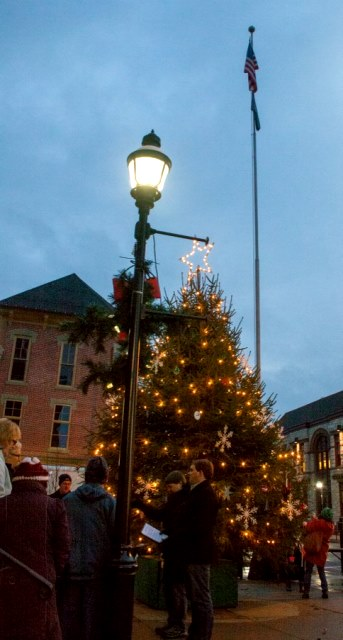 SWAY SLIDESHOW: Clearfield Lights Up the Holidays
