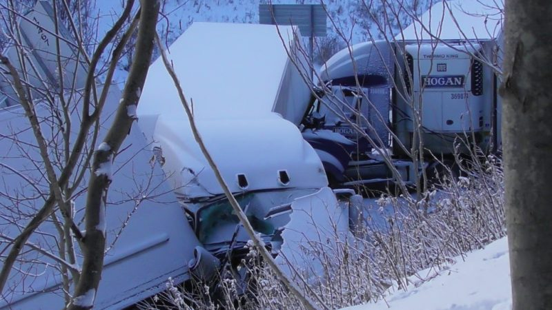 EXPLOREJEFFERSON: UPDATE: 59 Vehicle Pile-Up Shuts Down Interstate 80 in Jefferson County