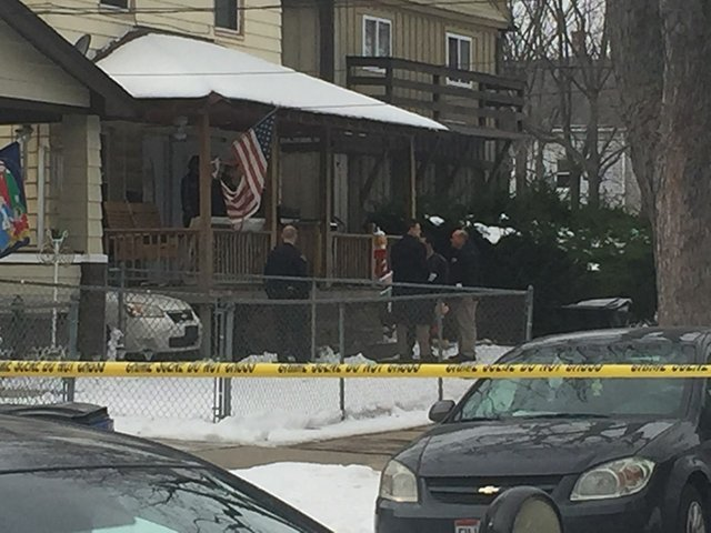 Cleveland police officer's toddler fatally shoots himself
