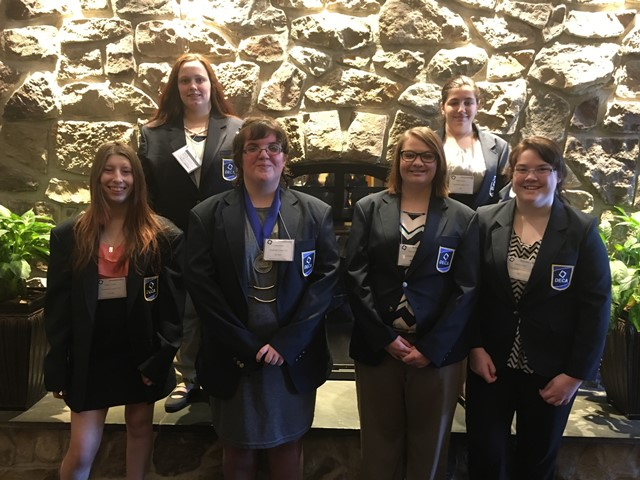 CCCTC Students Attend Largest Pennsylvania DECA Conference