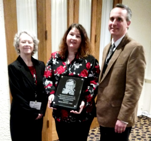 Nature Abounds Accepts Statewide Award and Marks 9th Anniversary