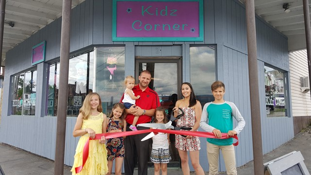 Kidz Corner Holds Ribbon-Cutting