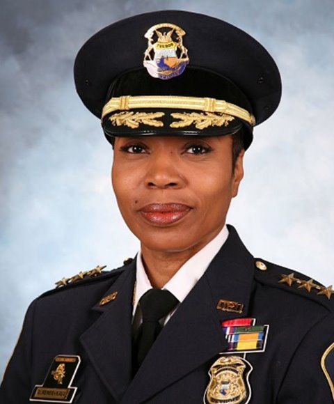 Dallas hires its first female police chief