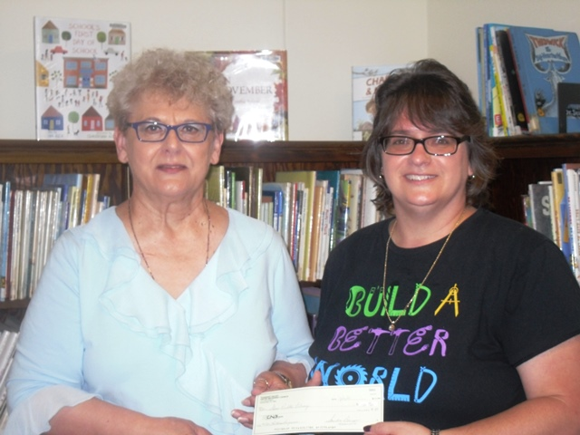 Shaw Library Receives Donation for Children's Programs
