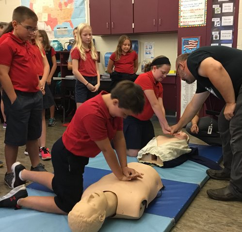 DCC Fifth Graders Learn About CPR