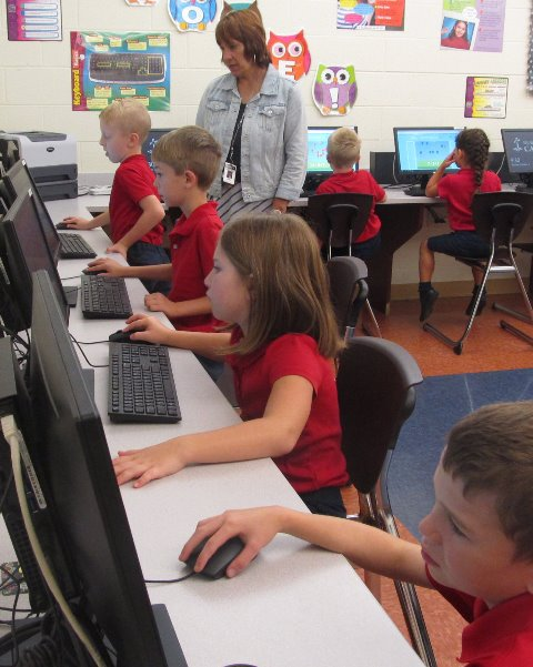 DCC's First Grade Math Class Visits Computer Lab