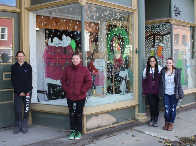 Jeff Tech Art Students Paint Windows in Downtown Reynoldsville