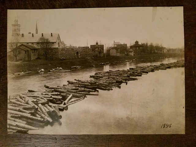 Throwback Thursday: Logs Floating to Market in 1898