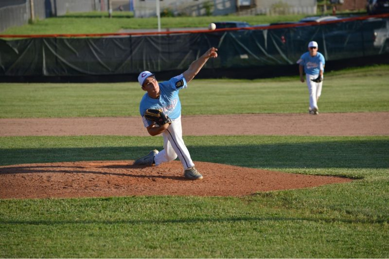 Chiefs Go 1-1 in Hillbilly Hardball Classic Debut