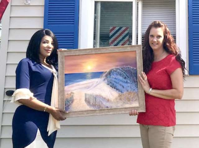New Business Supports Local Art