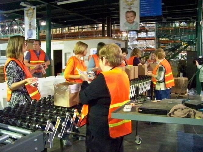 Volunteers and Staff Prepare Blizzard Boxes