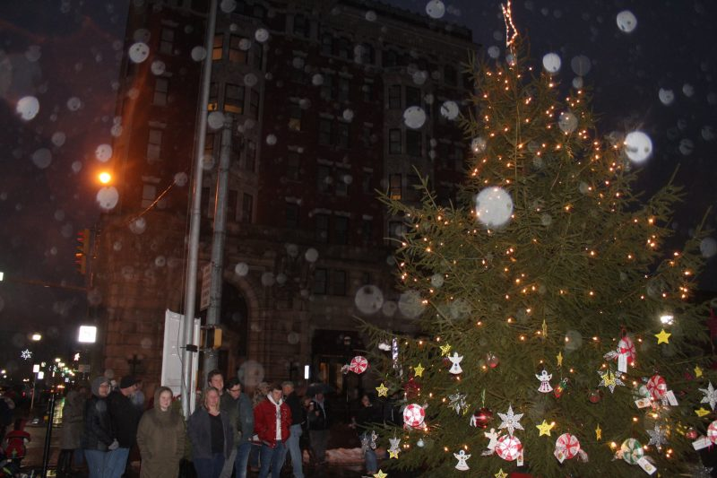 PHOTO SLIDESHOW: Clearfield Community Gathers for Christmas Tree Lighting