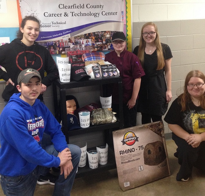 National Technical Honor Society Students Reward CCCTC Classmates for Attendance, High Grades