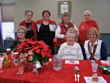 Volunteer Center Holds Christmas Luncheon