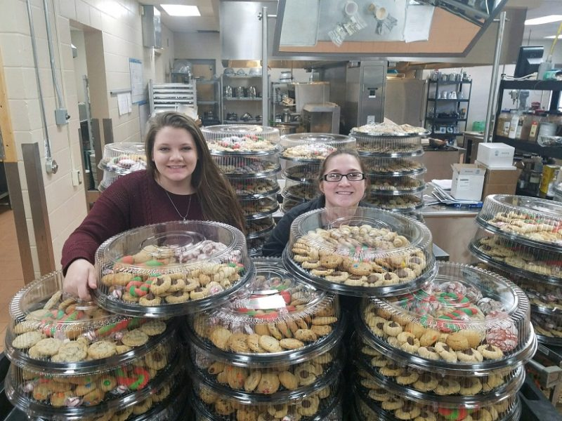 CCCTC Students Bake 5,000 Cookies for Culinary Fundraiser