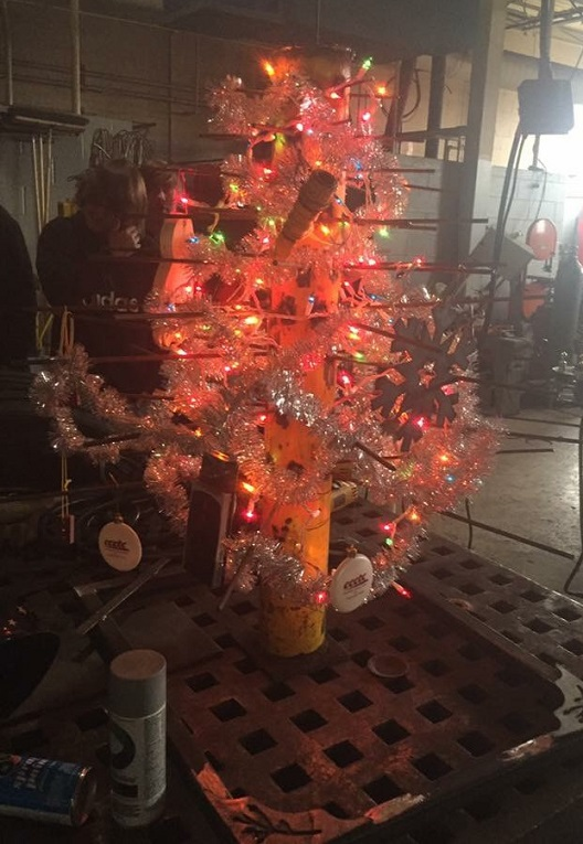 CCCTC Welding Students Create Christmas Tree