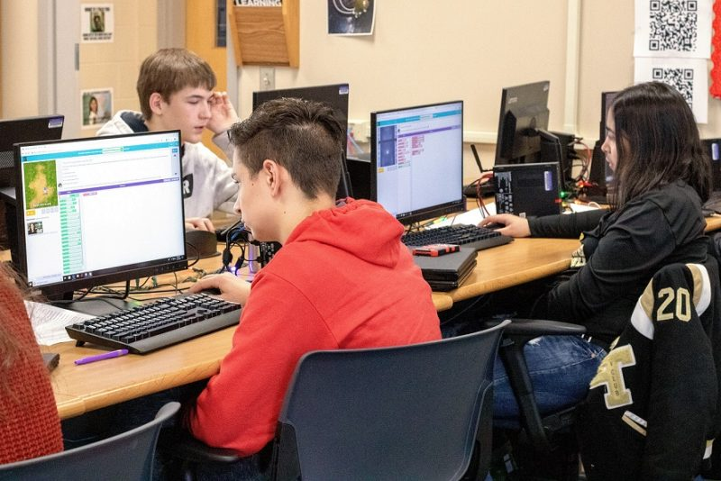 CCCTC Students Participate in Hour of Code
