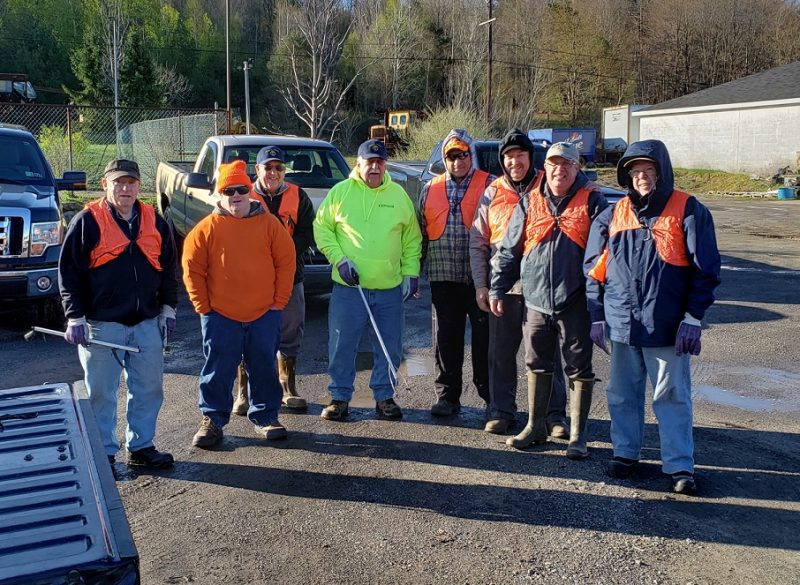 Knights of Columbus Conducts Highway Cleanup