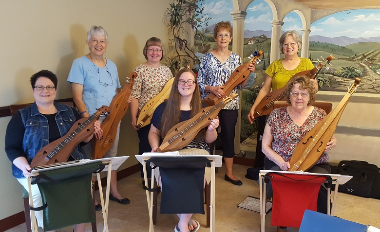 Sandy Lick Mountain Dulcimer Players Visit Nelson's Golden Years