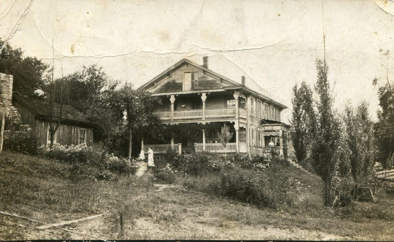 Throwback Thursday: An Eye-Catching Farmhouse Photo from Congress Hill