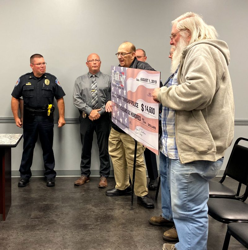 IOOF Makes Donation to Sandy Twp. Police
