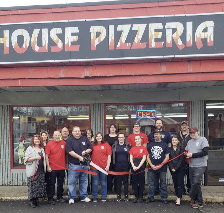 Firehouse Pizzeria Holds Ribbon-Cutting in DuBois