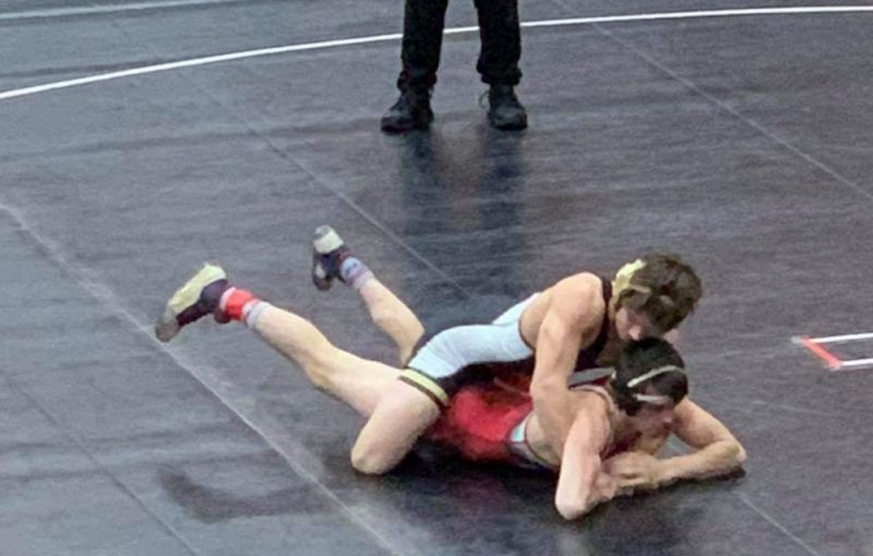 Holland Reaches North West Region AA Semis; Carfley and McCracken in Wrestlebacks