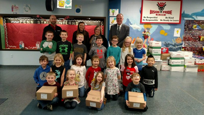 Verizon – Wireless Made Simple Donates to Clearfield Area Elementary School